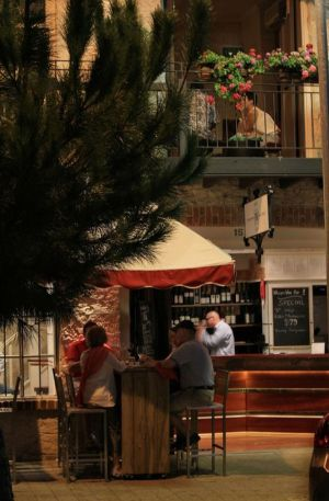 Whisper Wine Bar - Accommodation Broome