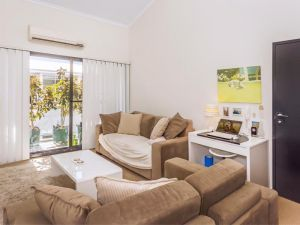 Home Apartment - Perth City Centre - Free WiFi - Accommodation Broome