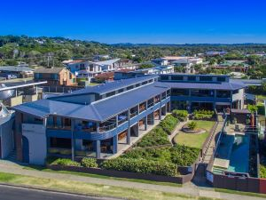 Lennox Holiday Apartments - Accommodation Broome